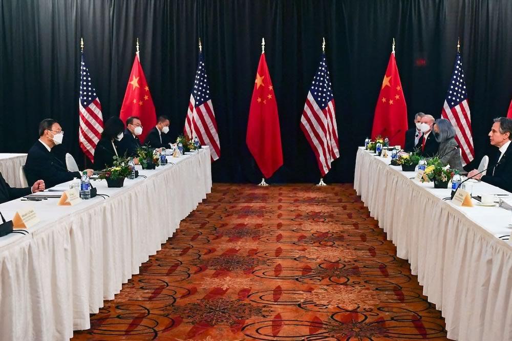Tensione tra Cina e USA nel meeting in Alaska