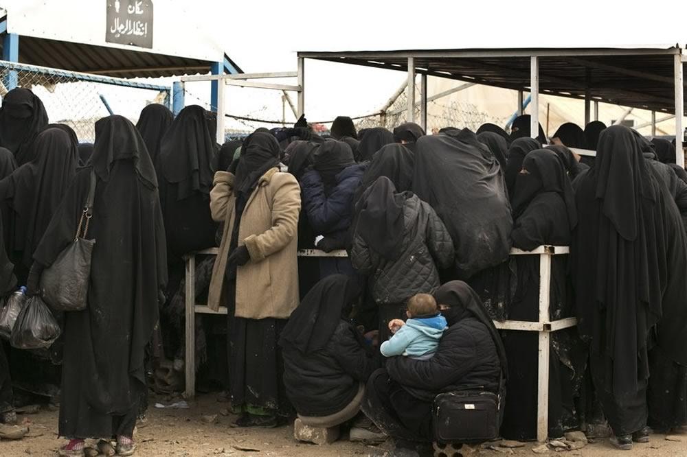 Aumentano le uccisioni nel campo siriano che ospita le famiglie degli estremisti dello Stato Islamico