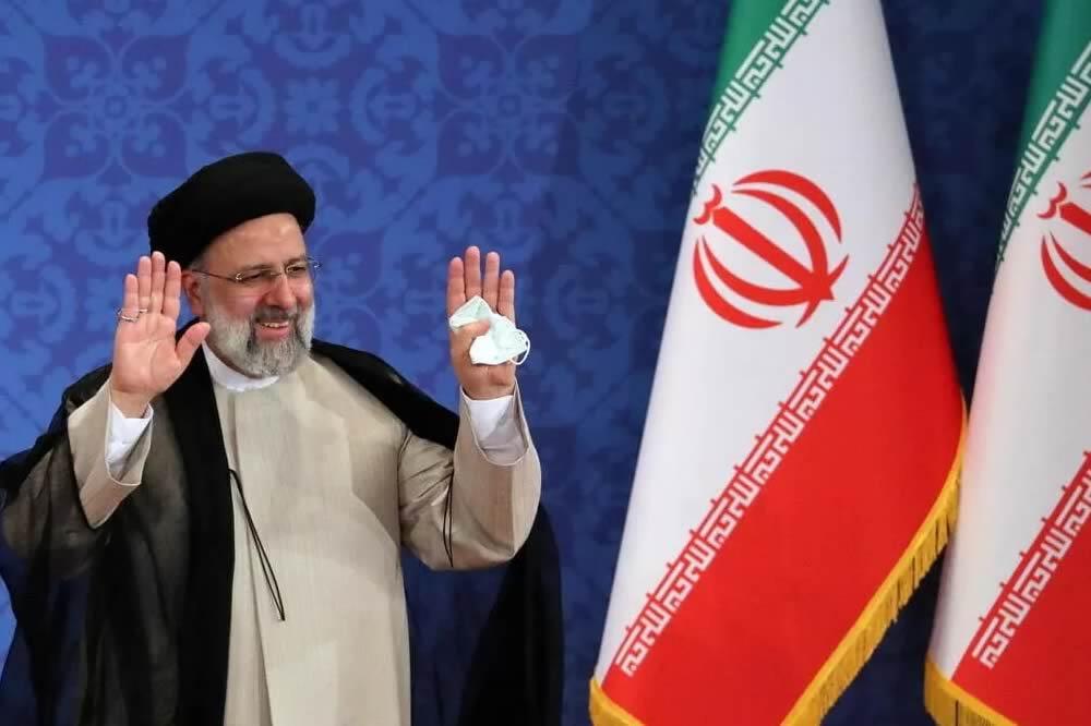 Raisi definisce la politica estera dell'Iran